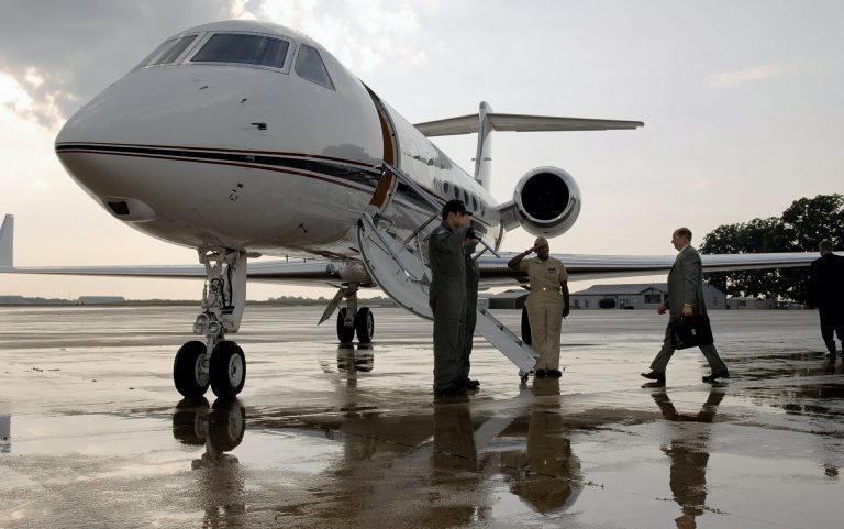 Your Sales Team Needs Electronic Signatures business-aircraft-620453_1920